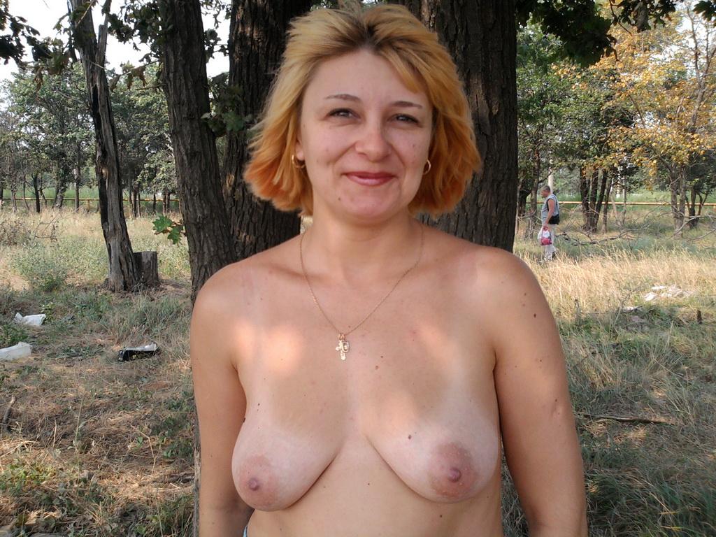Смотреть фото женщин в возрасте голых 23 фотография