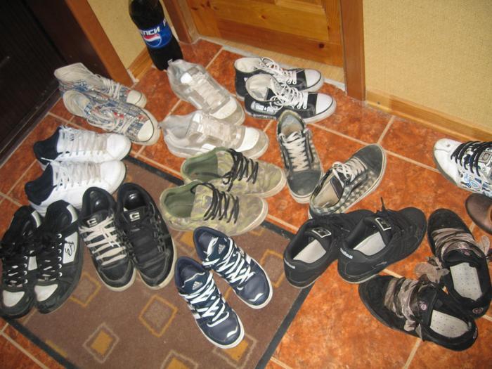 В Ковдоре фельдшера «скорой помощи» обложили матом за неснятую обувь